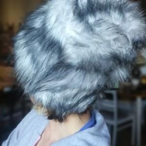 czapka futrzana damska szara handmade uszyta ze sztucznego futerka