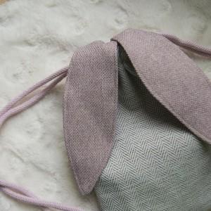 Mini plecak króliczek w jodełkę pudrowy róż