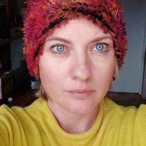 czapka futrzana damska handmade uszyta ze sztucznego futerka