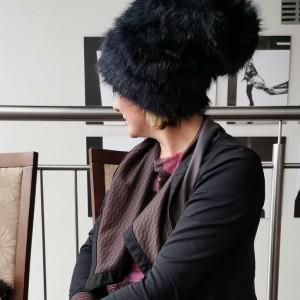 czapka granatowa  futrzana