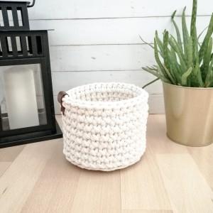 Koszyk 15x12cm, sznurek bawełniany, 5 kolorów.