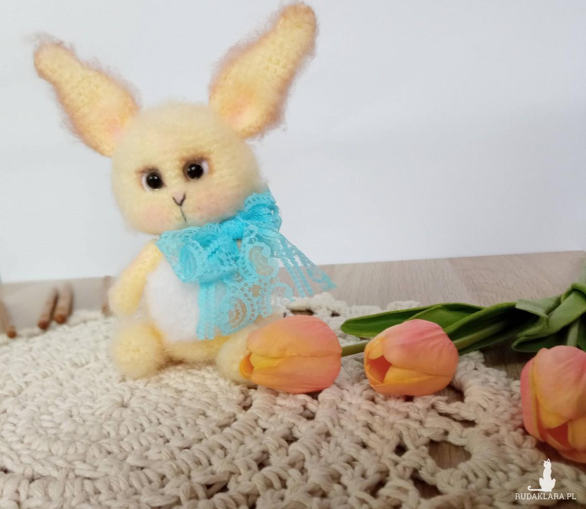 szydełkowy króliczek