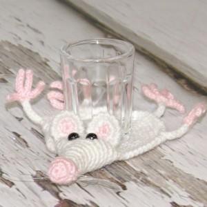 Biały szczurek-  podkładka pod kieliszek