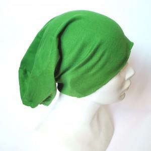 Czapka zielona z dzianiny
