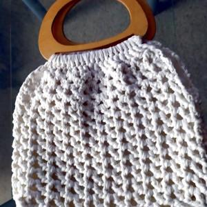 Biała torba ze sznurka