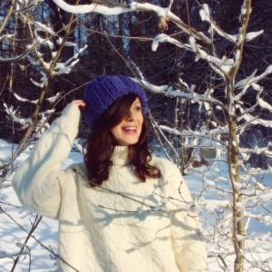 Chabrowa czapka handmade z wełną