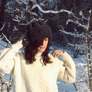 Zimowa szara czapka handmade z alpaką