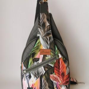 Plecak kompaktowy dwukomorowy ekoskóra handmade na ramię liście
