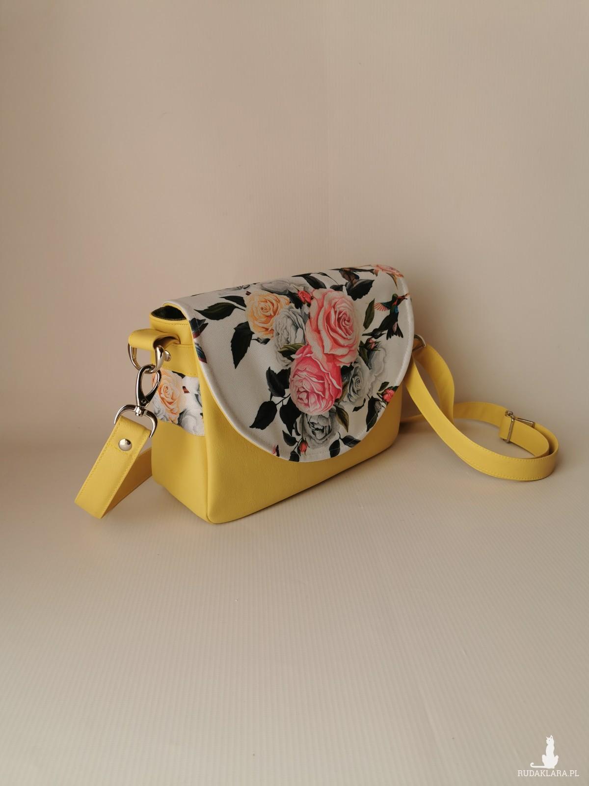 Torebka damska wodoodporna torebka na ramię torebka do ręki handmade torebka z klapką listonoszka kwiaty ekoskóra bukiet róż