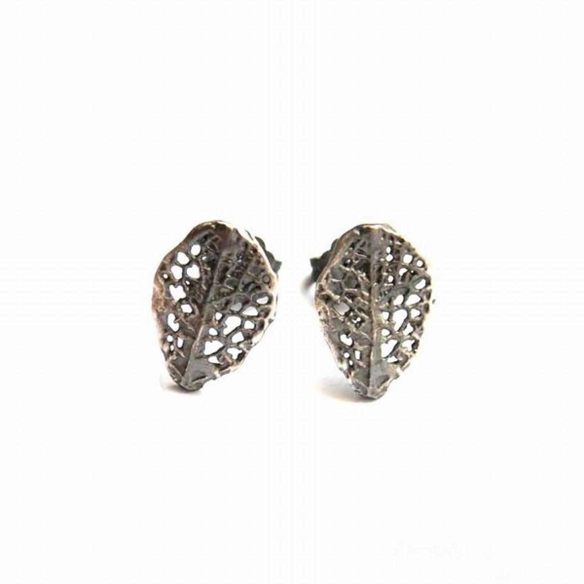Mini listki szare - kolczyki srebrne