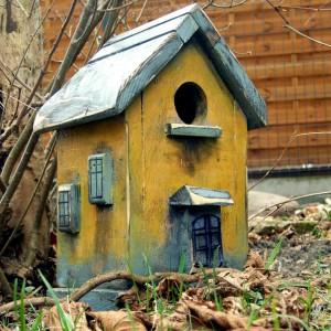 Domek dla ptaków - dekoracja do domu i do ogrodu