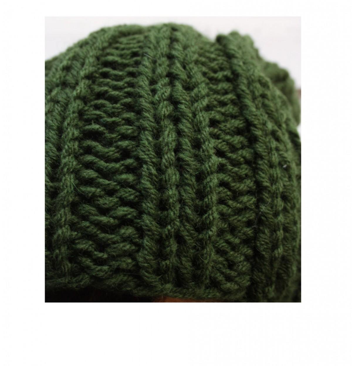 Zielona czapka beanie z wełną