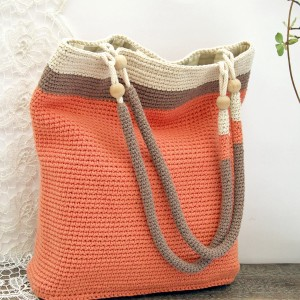 Szydełkowa torba - worek, w pastelowych kolorach