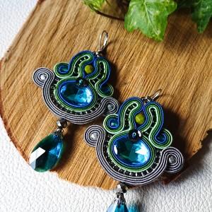 Turkusowo-zielone kolczyki sutasz z dodatkiem szarości