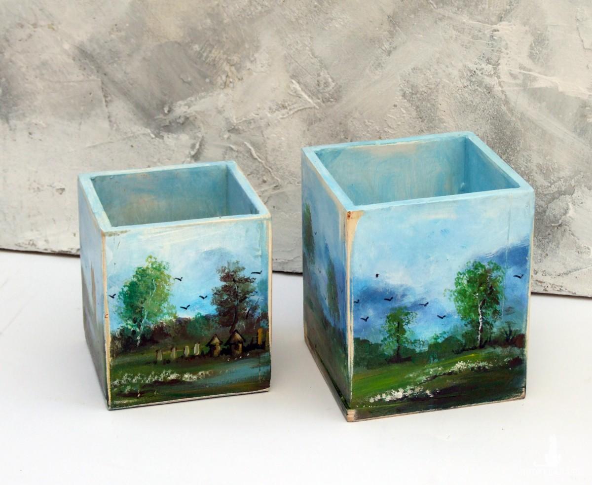 2 drewniane skrzynki ręcznie malowane