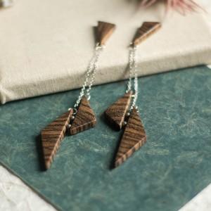 Wiszące drewniane kolczyki
