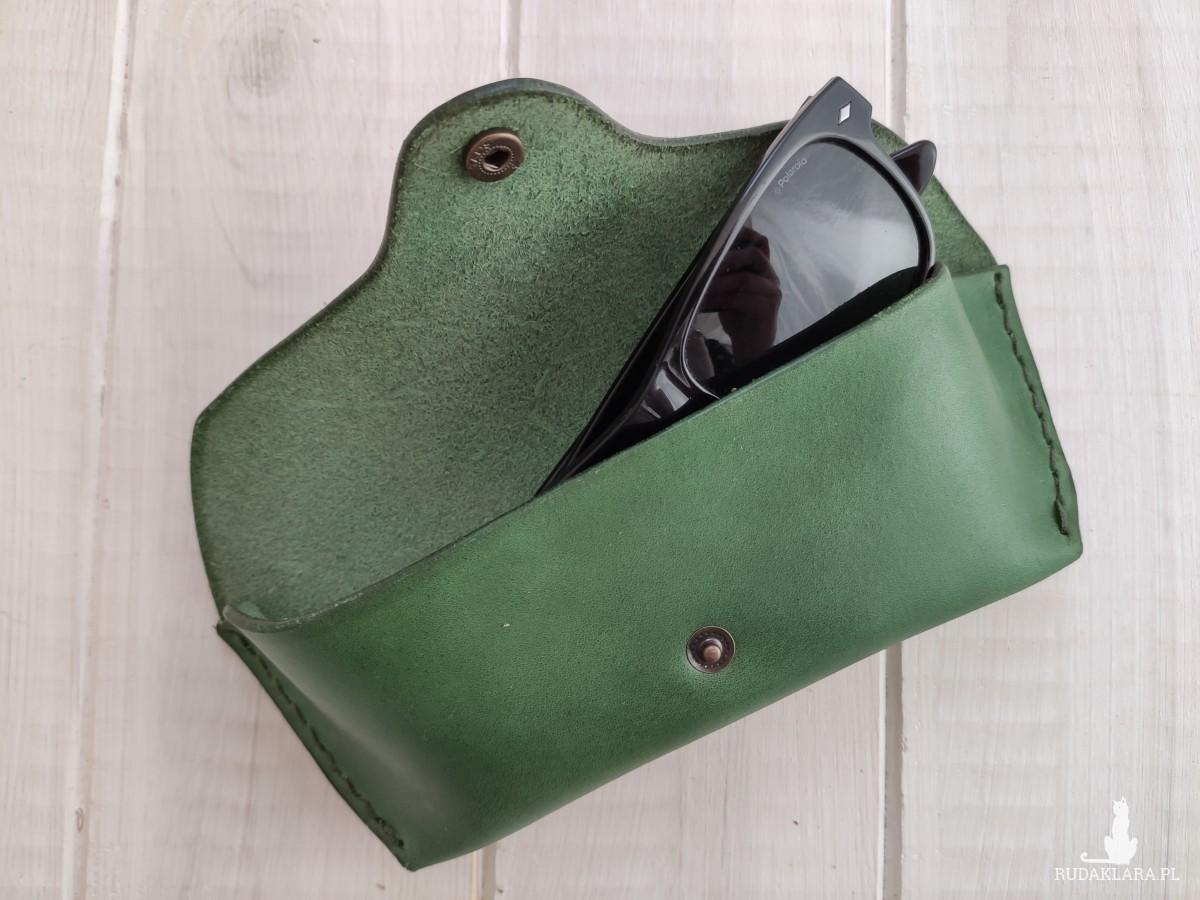Skórzane etui na okulary- butelkowa zieleń