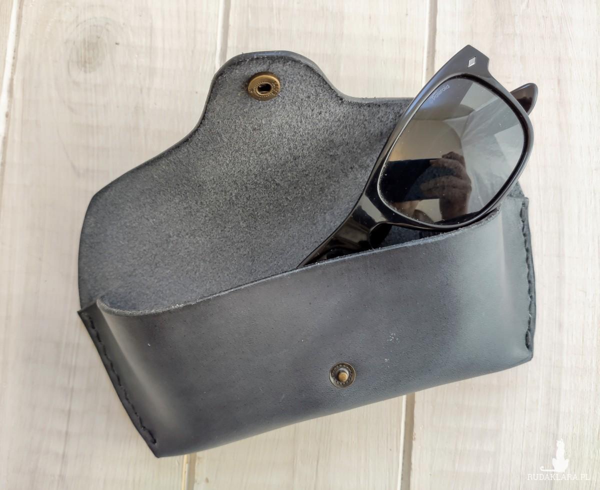 Skórzane etui na okulary w kolorze-ciemny szary