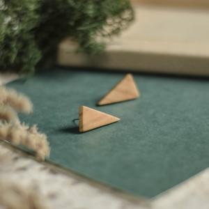 Kolczyki z drewna jesionu