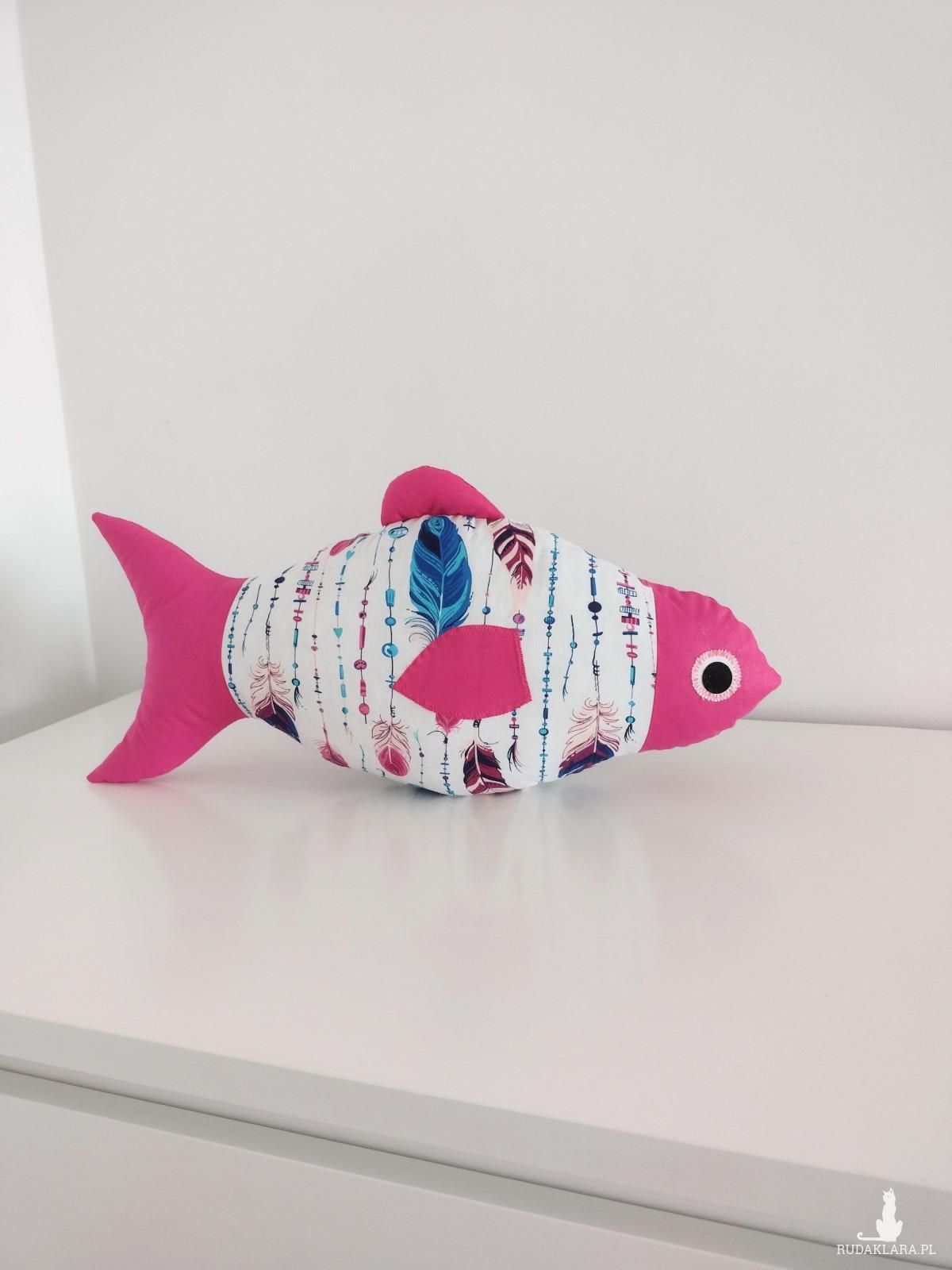 Poduszka rybka w piórka