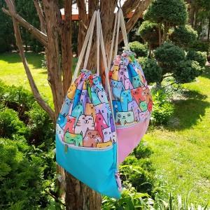 Kociaki kolorowy plecak z dodatkiem