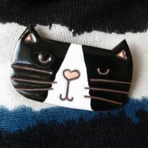 Broszka ceramiczna - Kot Pysio