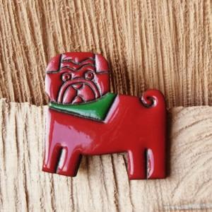 Broszka ceramiczna - Pies Gucio