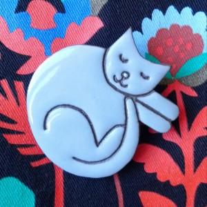 Broszka ceramiczna - Kot Mruczek