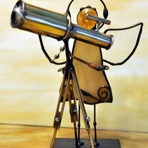 Aniołek witrażowy 3D astronom