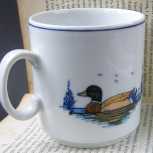 Porcelanowy kubeczek z motywem kaczki