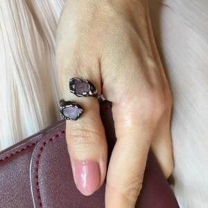 miedziany pierścionek z rubinem