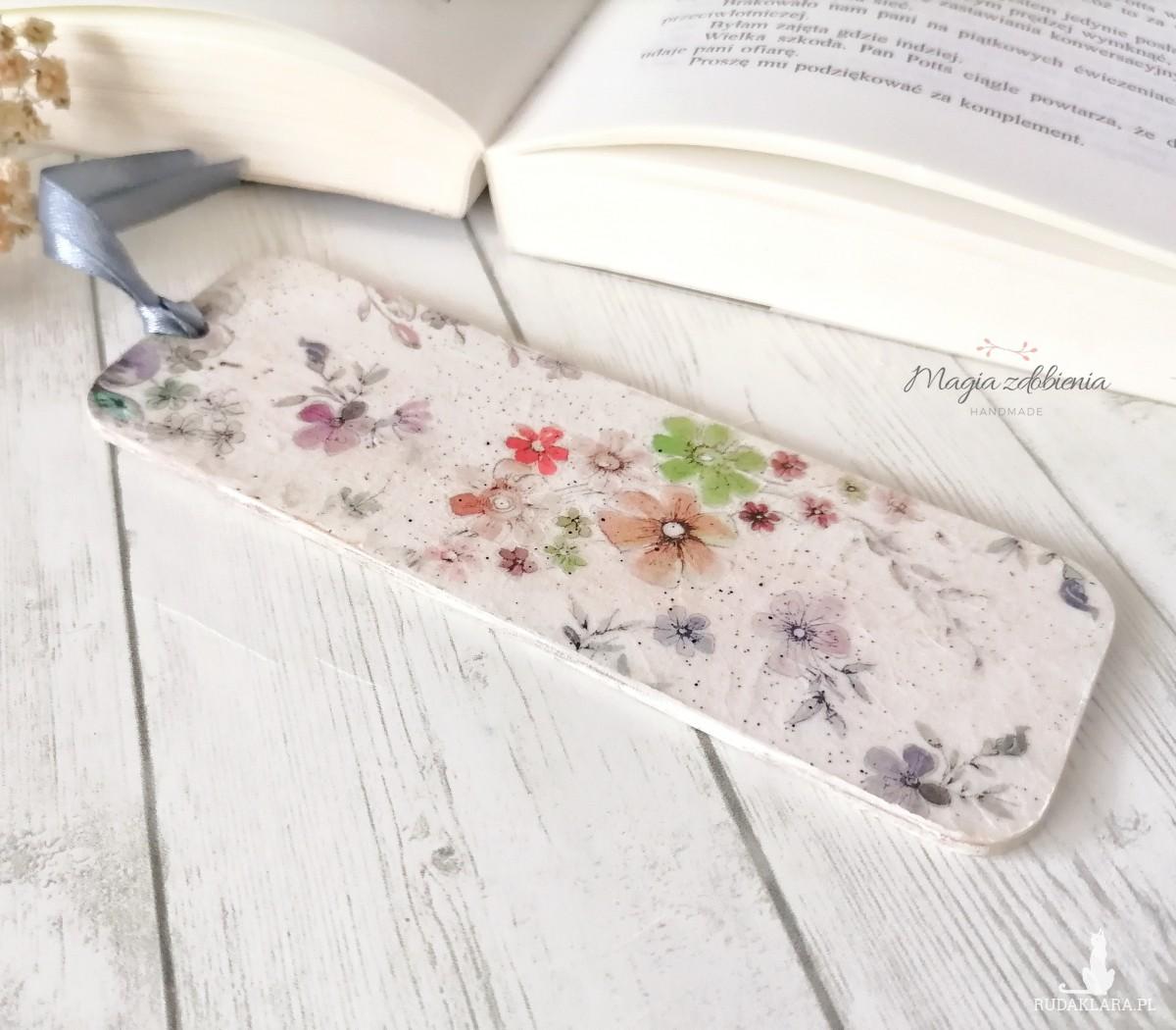Zakładka do książki -  kwiaty