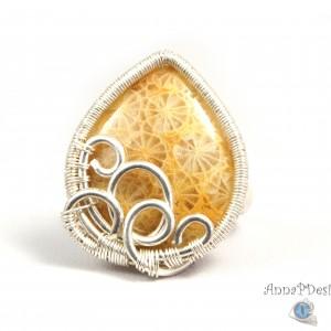 Skamielina koralowca, Srebrny pierścionek ze zkamieliną koralu, ręcznie wykonany, prezent dla niej, prezent dla mamy, prezent urodzinowy