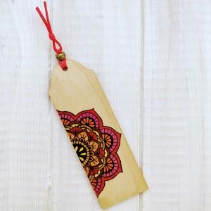 Drewniana zakładka z mandalą seria color v1