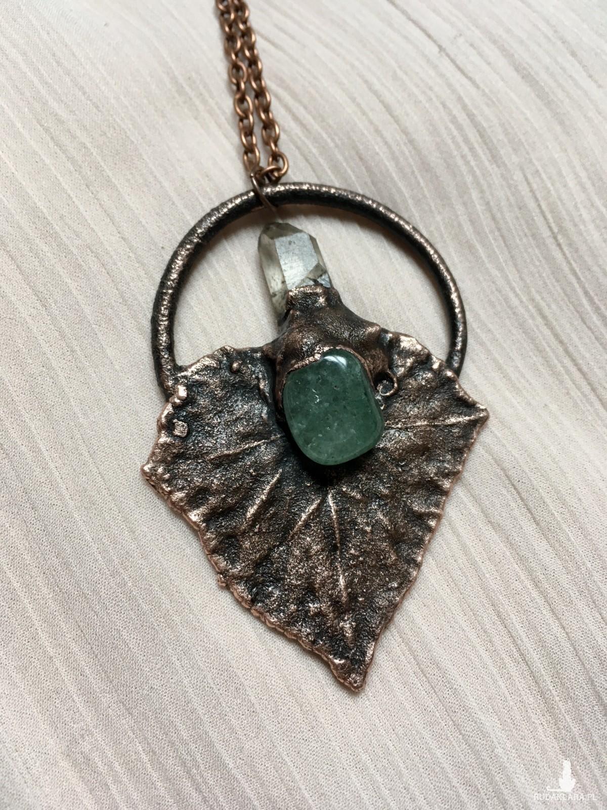 naszyjnik liść z kryształem górskim i awenturynem