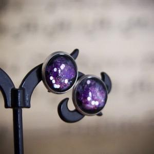Kolczyki sztyfty, fioletowy kosmos, ręcznie malowane szkło