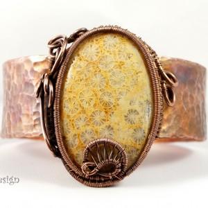 Koral i miedź, Miedziana bransoletka ze skamieliną koralu ręcznie wykonana prezent dla niej prezent dla mamy prezent regulowana