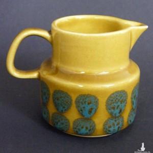 Dzbanuszek - mlecznik, beżowa ceramika Melitta
