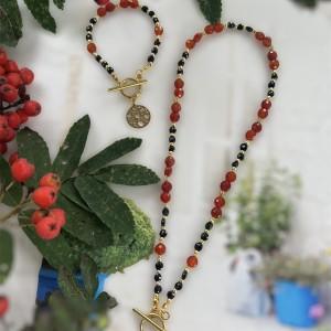 Komplet biżuterii z agatem karneolowym i granatem