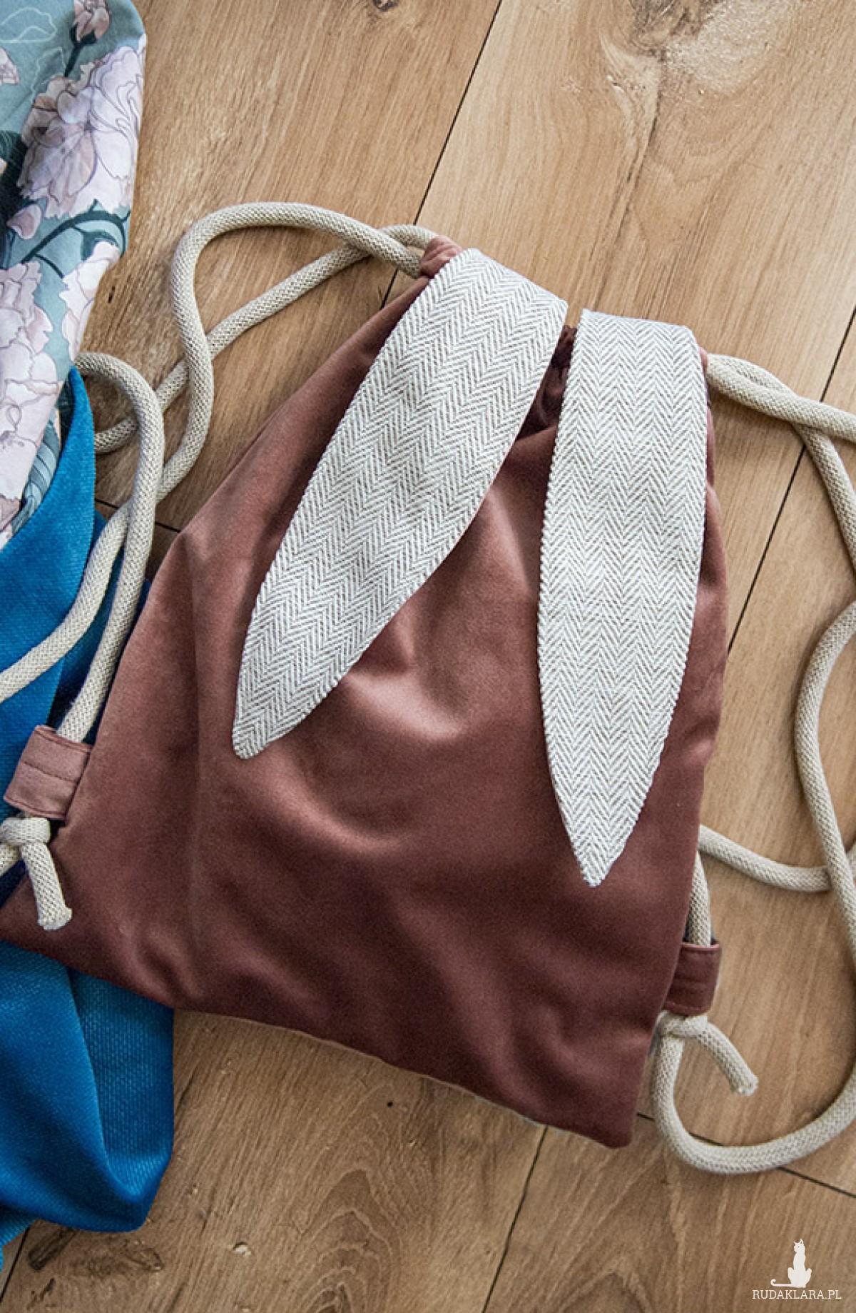 Plecak dla przedszkolaka pudrowy królik