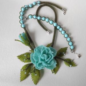 Naszyjnik z niebieską różą + bransoletka