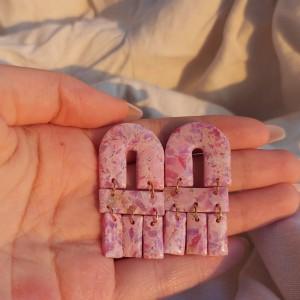 marmurkowe różowe kolczyki z modeliny