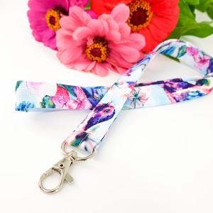 Bajkowa smycz w kwiatki i ptaszki pastelowe kolory