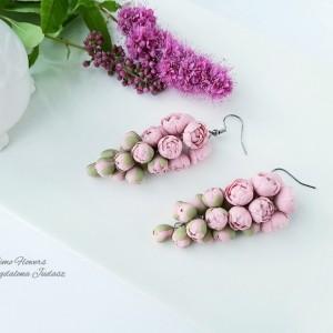 Kolczyki peonie w kolorze pudrowego różu