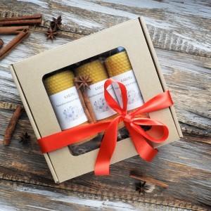 Zestaw prezentowy ze świecami z węzy pszczelej