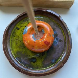 PALOLOPULI  podstaweczka na kadzidełko z talerzykiem