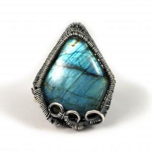 Labradoryt niebieski, Srebrny pierścionek z labradorytem, ręcznie wykonany, prezent dla niej prezent dla mamy, prezent urodzinowy biżuteria autorska