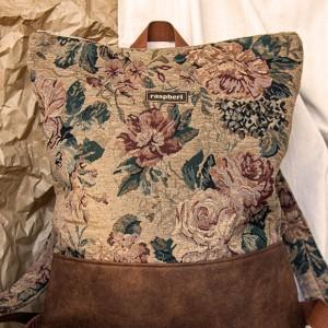 Plecak z suwakiem żakard w kwiaty
