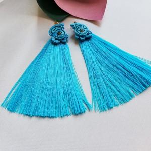 Długie niebieskie kolczyki sutasz